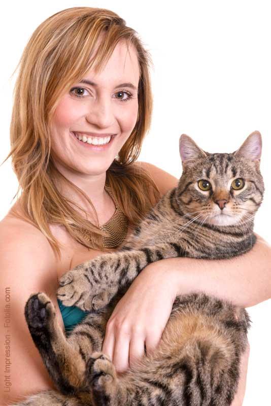 single frau mit katze Frauen kapuzen-fleecejacke die mit der katze spricht - , gestaltet von catshirts in vielen größen vorrätig jetzt frauen kapuzen-fleecejacke die mit der katze spricht bei spreadshirt bestellen.